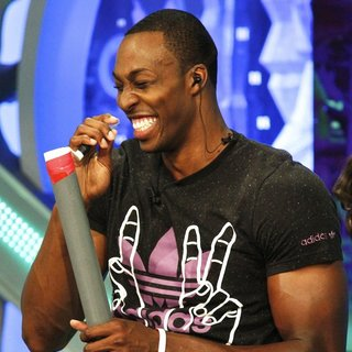Dwight Howard in NBA Player for The Orlando Magic Appearing on Spanish Television Show El Hormiguero - dwight-howard-appearing-on-el-hormiguero-02