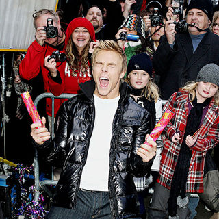 Derek Hough in Dancing With The Stars finalists Visit 'Good Morning America'
