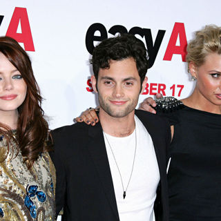 Emma Stone, Penn Badgley, Alyson Michalka in Los Angeles Premiere of 'Easy A'