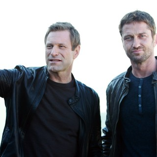 Gerard Butler in Russian Photocall for Olympus Has Fallen - eckhart-butler-russian-photocall-olympus-has-fallen-01