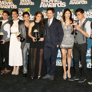 Bryce Dallas Howard, Xavier Samuel, Jackson Rathbone, Julia Jones, BooBoo Stewart, Nikki Reed, Peter Facinelli, Tinsel Korey, Kiowa Gordon, Alex Meraz in 2011 MTV Movie Awards - Press Room
