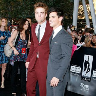 Robert Pattinson, Taylor Lautner in 2010 Los Angeles Film Festival - Premiere of 'The Twilight Saga's Eclipse' - Arrivals