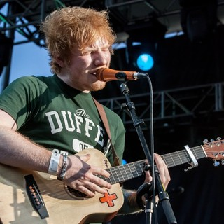 Ed Sheeran in Ed Sheeran Performs Live at Bite of Las Vegas