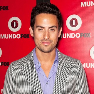 Ed Weeks in MundoFOX Launch Party: Let's Make History Together! - Arrivals