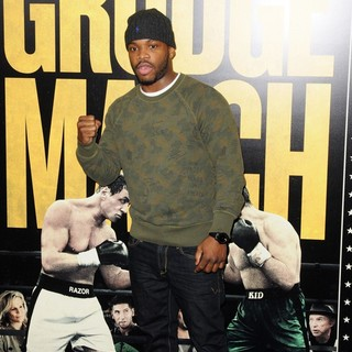 Eddie Gomez in Grudge Match New York Screening - Red Carpet Arrivals