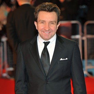 Eddie Marsan in War Horse - UK Film Premiere - Arrivals - eddie-marsan-uk-premiere-war-horse-01