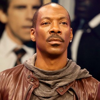 Eddie Murphy in Eddie Murphy Promotes His Film Tower Heist on BET's 106 and Park