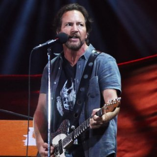Eddie Vedder, Pearl Jam-Global Citizen Festival 2016