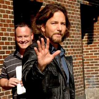 Eddie Vedder in The Late Show with David Letterman - Arrivals