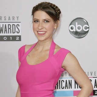 Eden Sher in The 40th Anniversary American Music Awards - Arrivals