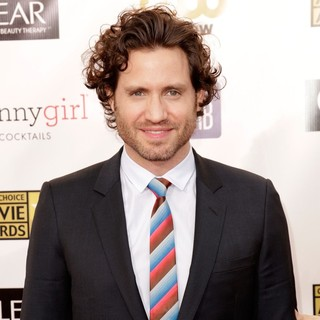Edgar Ramirez in 18th Annual Critics' Choice Movie Awards