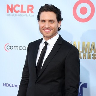Edgar Ramirez in 2012 NCLR ALMA Awards - Arrivals