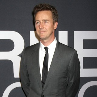 Edward Norton in The Universal Pictures World Premiere of The Bourne Legacy - Arrivals