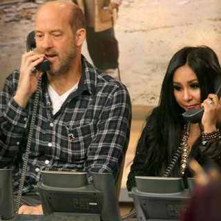 Anthony Edwards, Snooki, Ethan Hawke in ABC's Day of Giving Telethon to Raise Funds for The Victims Affected by Hurricane Sandy