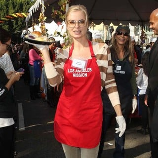 Eileen Davidson in The Los Angeles Mission's Thanksgiving for Skid Row Homeless