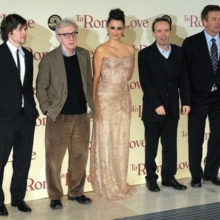 Woody Allen in The Italian Premiere of To Rome with Love - eisenberg-allen-cruz-benigni-baldwin-italian-premiere-to-rome-with-love-01