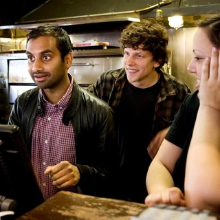 Aziz Ansari, Jesse Eisenberg in Jesse Eisenberg and Aziz Ansari Serve Pizza to Promote 30 Minutes or Less