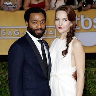 Chiwetel Ejiofor, Sari Mercer in The 20th Annual Screen Actors Guild Awards - Arrivals