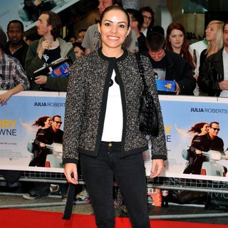 Elen Rives in Larry Crowne UK Premiere - Arrivals