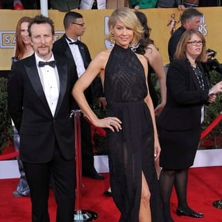 Jenna Elfman in 19th Annual Screen Actors Guild Awards - Arrivals - elfman-19th-annual-screen-actors-guild-awards-01