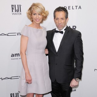 Jenna Elfman, Kenneth Cole in The amfAR Gala 2013