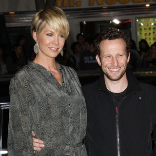 Jenna Elfman, Bodhi Elfman in The Premiere of In Time - Arrivals