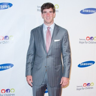 Eli Manning in 2011 Samsung Hope for Children Benefit Gala - Arrivals