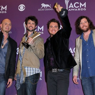 Eli Young Band in 2012 ACM Awards - Press Room