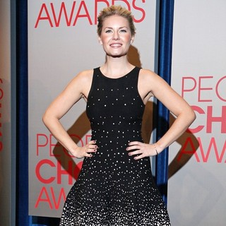 Elisha Cuthbert in People's Choice Awards 2012 Nominations Press Conference