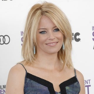 Elizabeth Banks in 27th Annual Independent Spirit Awards - Arrivals