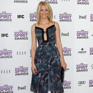 Elizabeth Banks in 27th Annual Independent Spirit Awards - Arrivals - elizabeth-banks-27th-annual-independent-spirit-awards-05