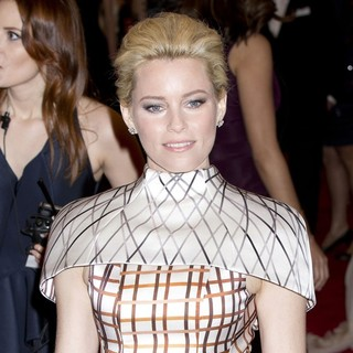 Elizabeth Banks in Schiaparelli and Prada Impossible Conversations Costume Institute Gala - elizabeth-banks-costume-institute-gala-2012-01