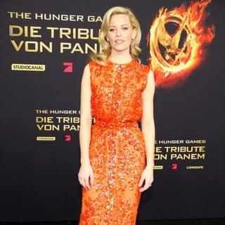 Elizabeth Banks in Premiere of The Movie The Hunger Games - elizabeth-banks-german-premiere-the-hunger-games-03