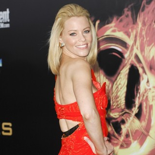 Elizabeth Banks in Los Angeles Premiere of The Hunger Games - Arrivals - elizabeth-banks-premiere-the-hunger-games-06