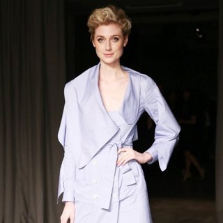 Elizabeth Debicki-London Fashion Week Autumn-Winter 2017 - Burberry - Arrivals