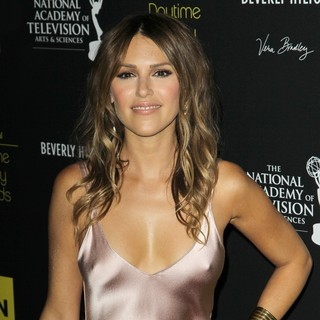 Elizabeth Hendrickson in 39th Daytime Emmy Awards - Arrivals