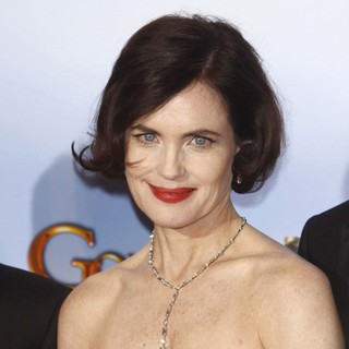 Elizabeth McGovern in The 69th Annual Golden Globe Awards - Press Room