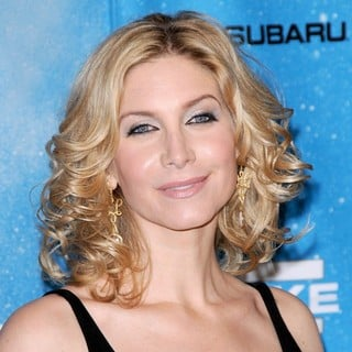 Elizabeth Mitchell in Spike TV's 2009 Scream Awards - Arrivals - elizabeth-mitchell-2009-scream-awards-01