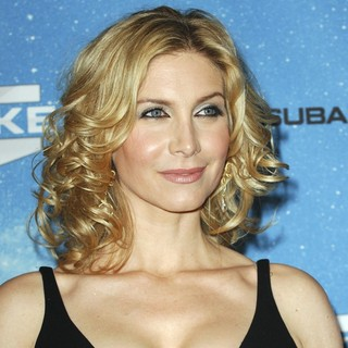 Elizabeth Mitchell in Spike TV's 2009 Scream Awards - Arrivals - elizabeth-mitchell-2009-scream-awards-02