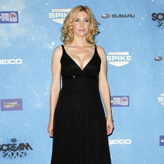 Elizabeth Mitchell in Spike TV's 2009 Scream Awards - Arrivals