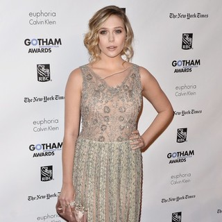 Elizabeth Olsen in Gotham Awards 2011 - Arrivals
