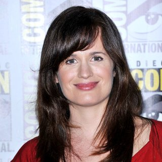Elizabeth Reaser in Comic Con 2011 - Day 1 - Twilight Breaking Dawn Part I Press Conference - Arrivals