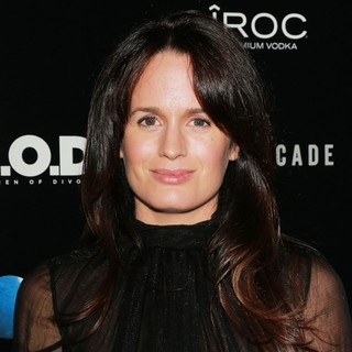 Elizabeth Reaser in A.C.O.D. Los Angeles Premiere