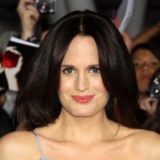 Elizabeth Reaser in The Premiere of The Twilight Saga's Breaking Dawn Part II - elizabeth-reaser-premiere-breaking-dawn-2-06