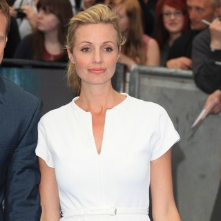Prometheus UK Film Premiere - Arrivals - elize-du-toit-uk-premiere-prometheus-02