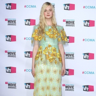 Elle Fanning in 17th Annual Critic's Choice Movie Awards - Arrivals