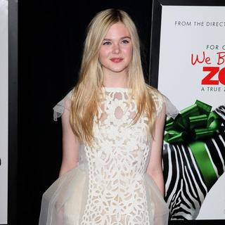 Elle Fanning in New York Premiere of We Bought a Zoo - Arrivals