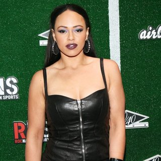 Elle Varner in Airbnb and Roc Nation Sports Celebration
