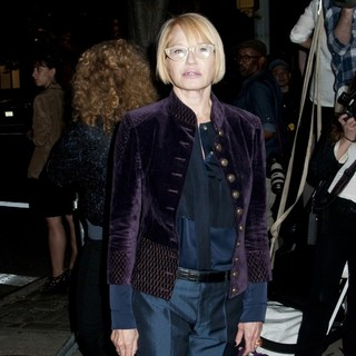 Ellen Barkin in Lifetime's Screening of Five