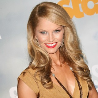 Ellen Hollman in Premiere of Starz' Spartacus: Vengeance